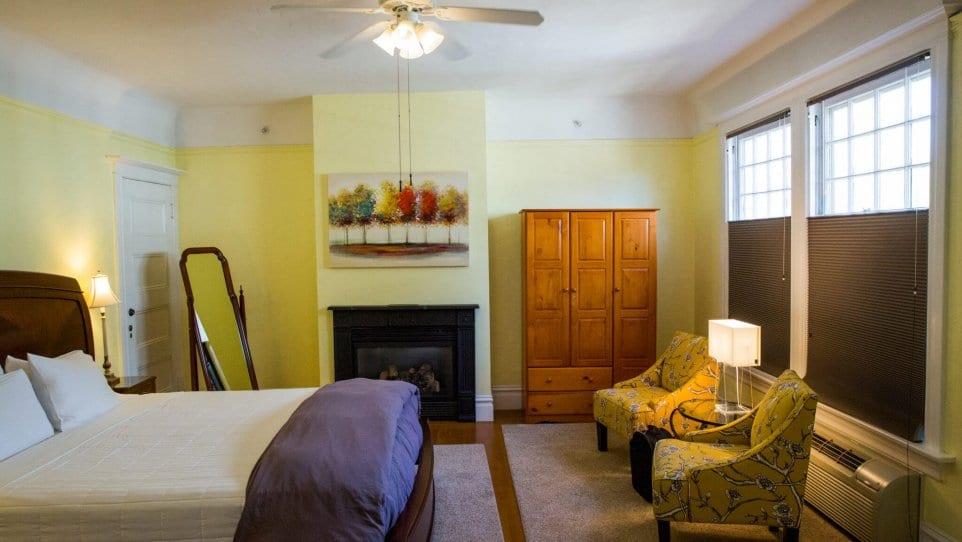 Veraison King Mansion Room